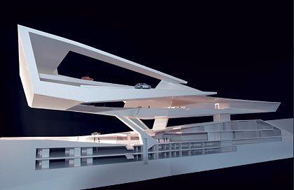 """""""Kosmos Porsche"""": Schnittmodell des neuen Museums, das 2007 seine Pforten öffnen soll"""