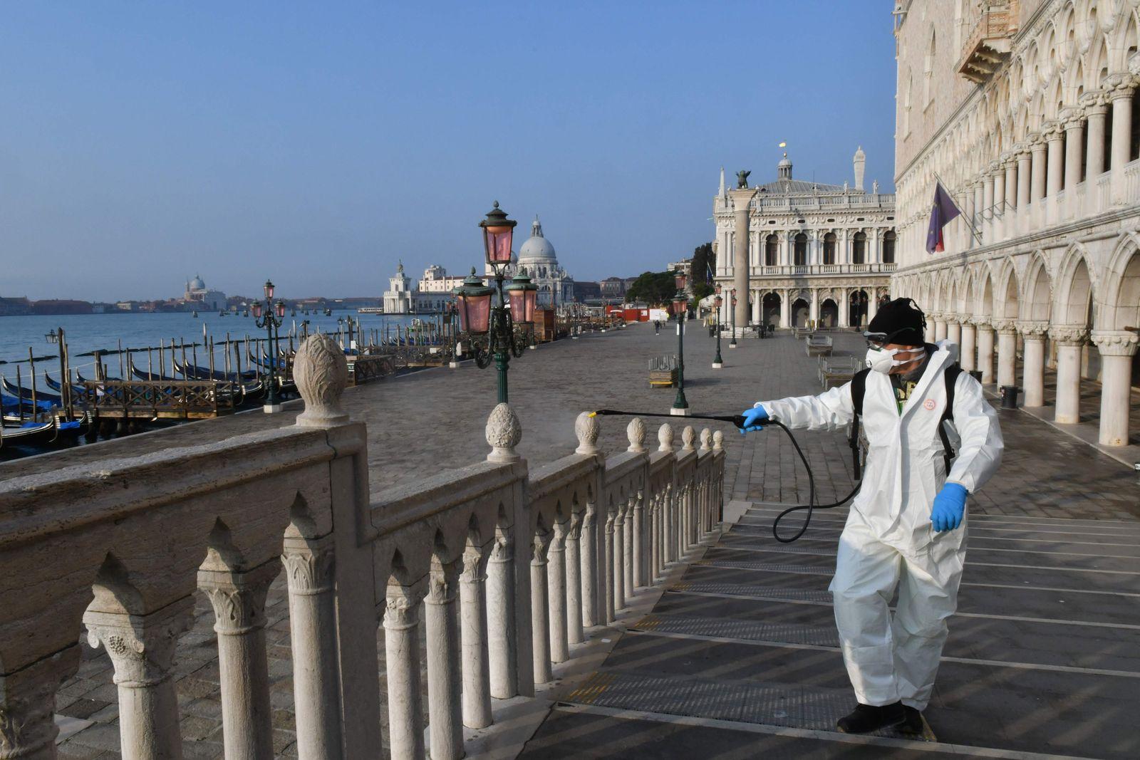 Italien / Coronavirus / Venedig / Desinfektion