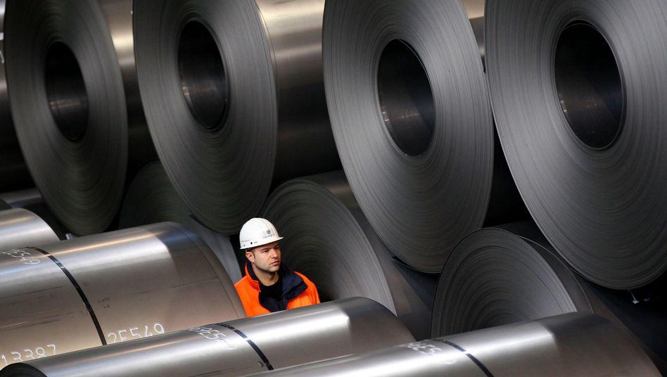 Rohstahlrollen bei Thyssenkrupp: Die Stahlnachfrage der sich erholenden Wirtschaft steigt