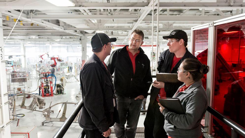 Elon Musks Traumfabrik: Wo Teslas Model S entsteht