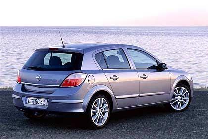 Opel Astra: Der Astra wirkt aggressiver als der neue Golf - und kommt zum Kampfpreis