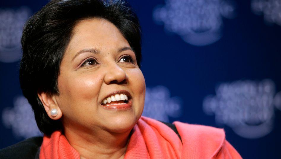 Abgang nach 12 Jahren an der Spitze: Pepsi-Chefin Indra Nooyi