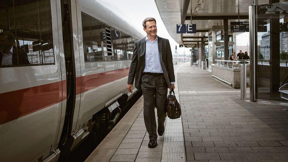 Geld im Gepäck: Bahn-Chef Lutz bewilligt Extras