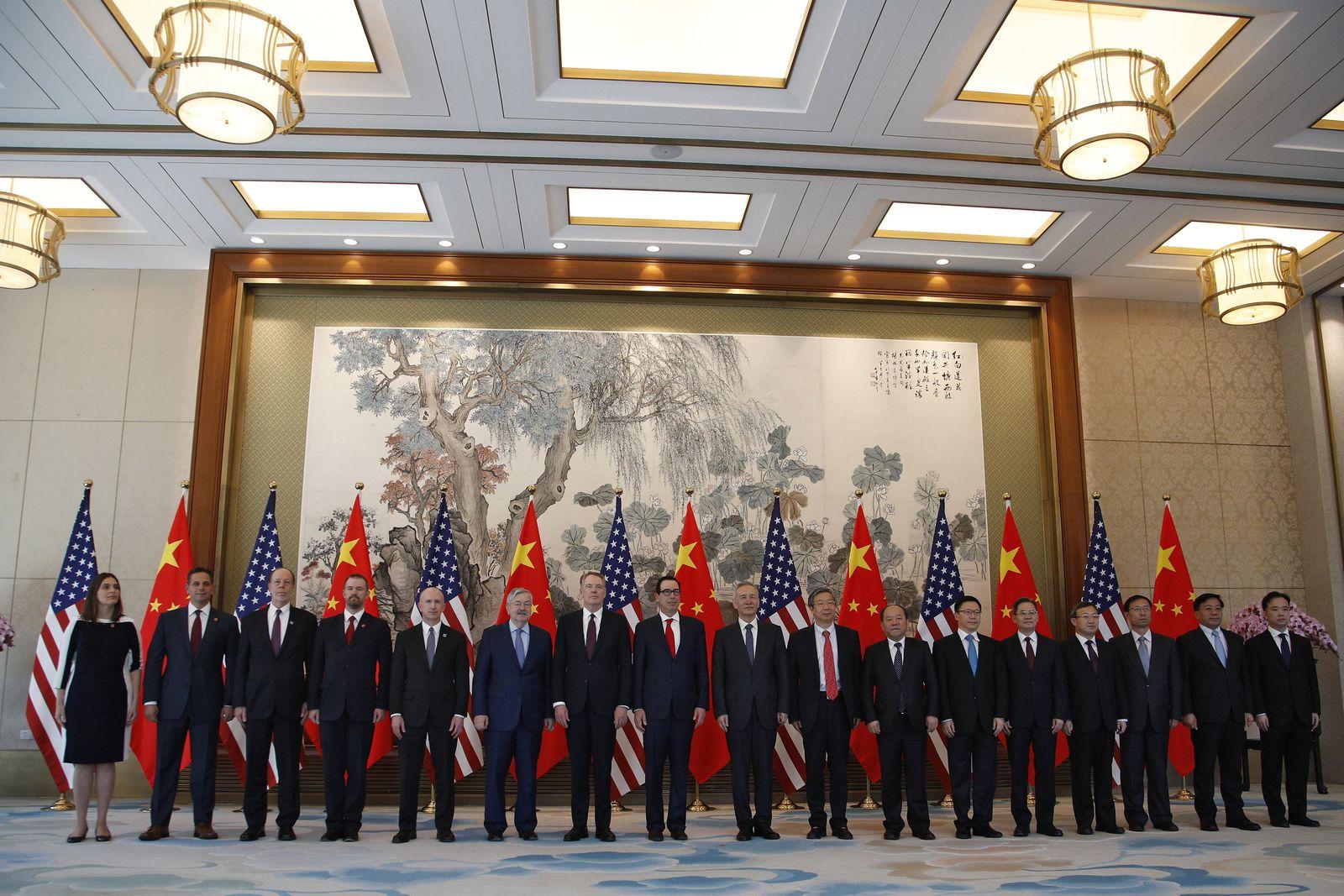 USA/ China/ Delegation