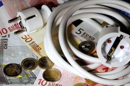 Lohnender Preisvergleich: Verbraucherschützer rat zum Wechsel, warnen aber zugleich vor Vorauskasse und anderen Abzocktricks