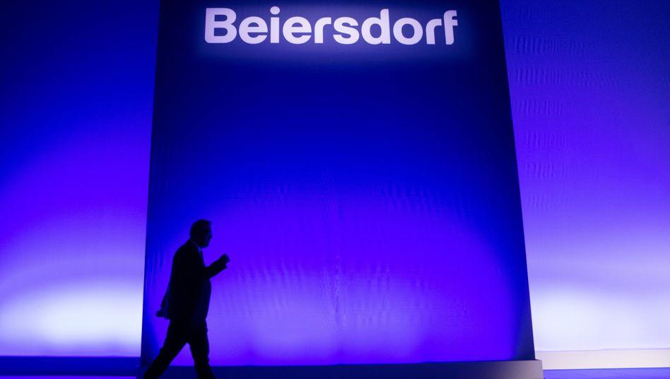 Abgang von Stefan de Loecker: Der Beiersdorf-Chef übergibt im Mai an Vincent Warnery