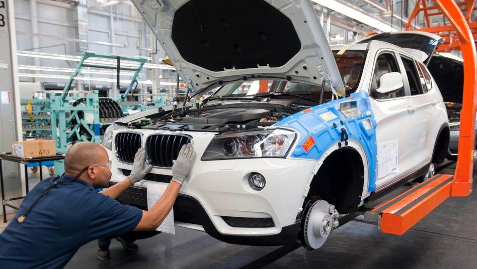 BMW-Produktion in USA: Bei BMW brach der Absatz im zweiten Quartal um 40 Prozent ein.