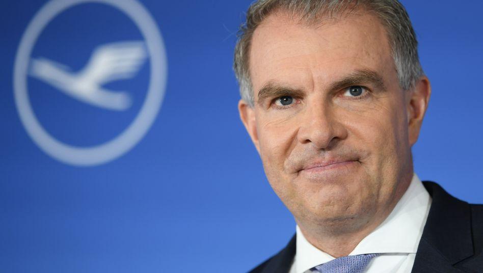 """Lufthansa-Chef Carsten Spohr: Die Annahme eines Aufsichtsratmandats bei der Munich Re sei """"unverantwortlich"""", meint die Deka"""