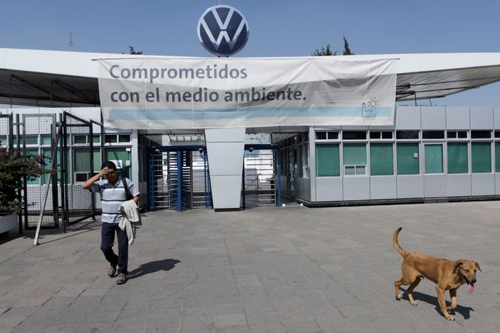 Volkswagen muss sich mit einem Neustart seiner Werke im mexikanischen Bundesstaat Puebla wohl noch etwas gedulden.