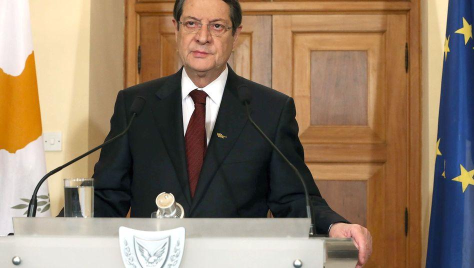 Zyperns Präsident Nicos Anastasiades: Laut Plan B sollen nun Kirche, Rentenkasse und der Verkauf von Goldreserven die geforderten 5,8 Milliarden Euro Eigenbetrag aufbringen