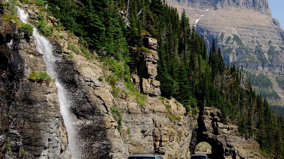 Glacier Nationalpark: Im Oldtimer-Bus ins Hochgebirge