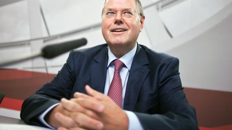 Seit heute Kanzlerkandidat: Was wird Peer Steinbrück mit YouTube machen - und was YouTube mit ihm?