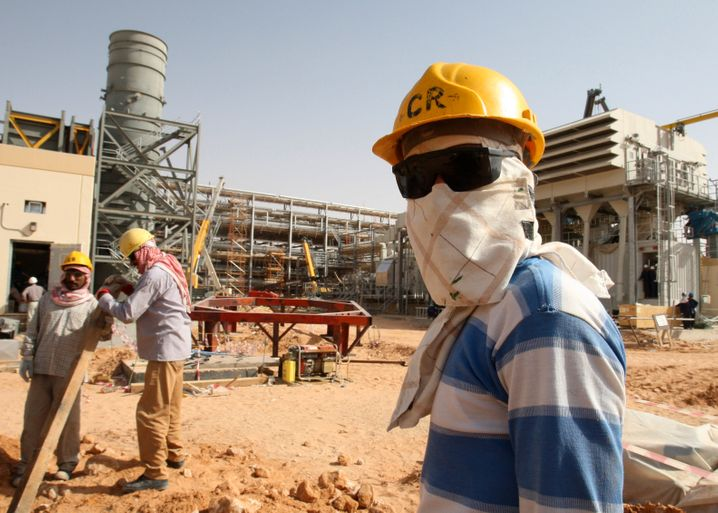 Arbeiter in Khurais: Das größte Ölfeld der Welt gehört Saudi Aramco