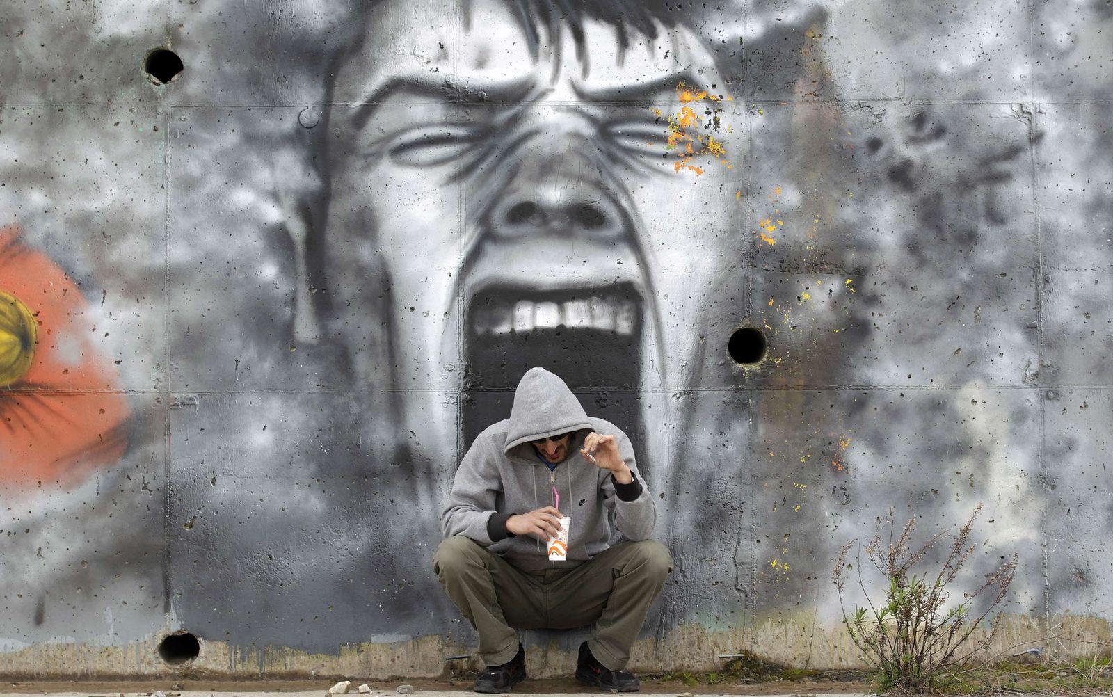 Wandmalerei Armut Jugendarbeitslosigkeit Griechenland
