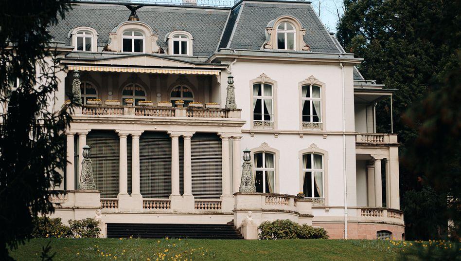Verschwiegene Mauern: Die BBUG finden im Palais Biron statt
