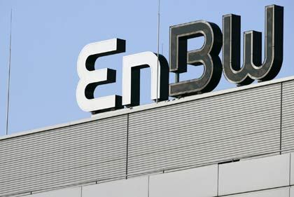 Abschied von U-Plus: EnBW Logo auf dem Dach der Zentrale