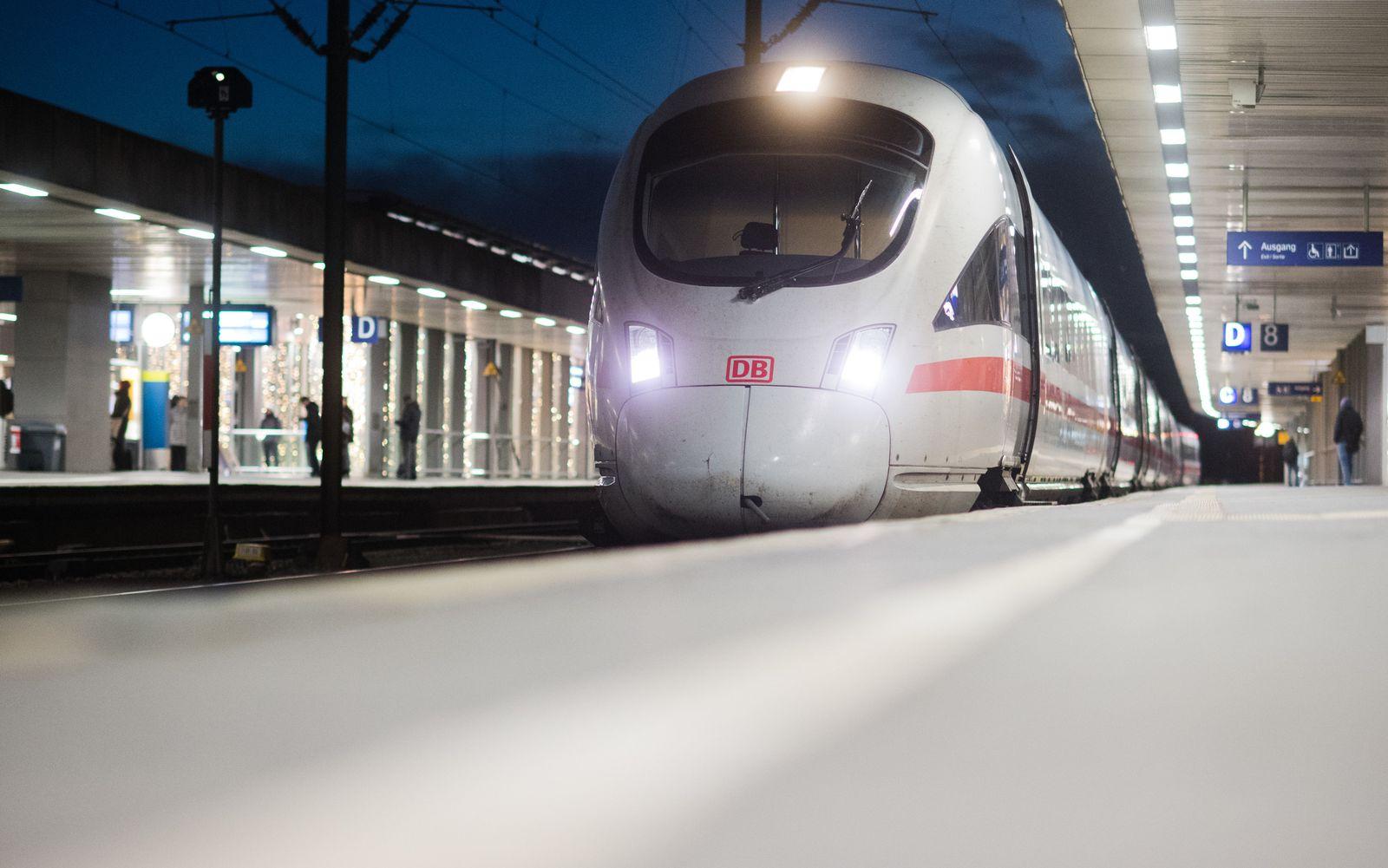 Warnstreik/ Deutsche Bahn