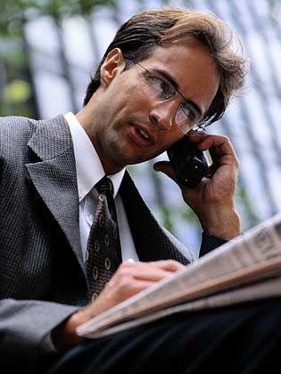 Immer erreichbar: Viele Aufgaben werden heute via Handy oder Laptop erledigt