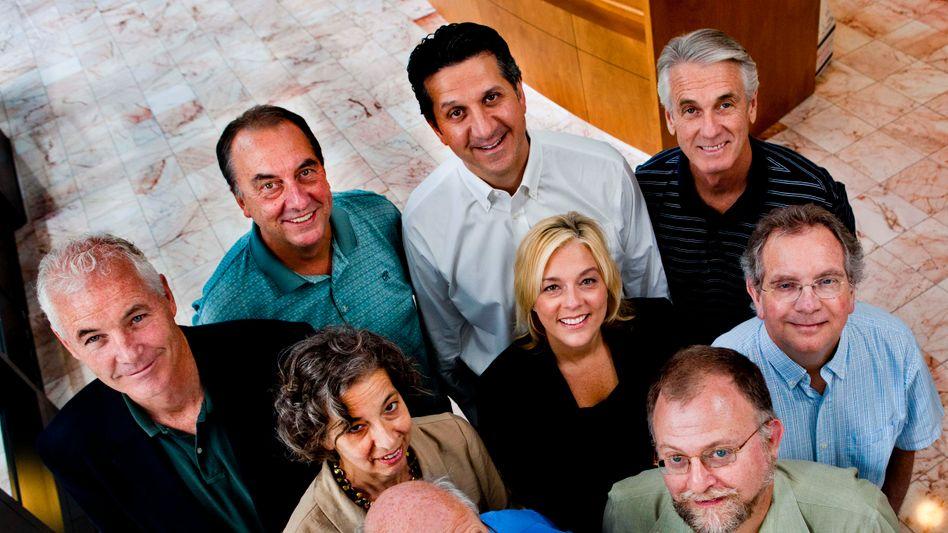 Durchhaltevermögen: Board of Directors von Novavax im Juni 2011 (der damals neue Chef Stanley Erck im türkisen Hemd 2. von links in der hinteren Reihe)