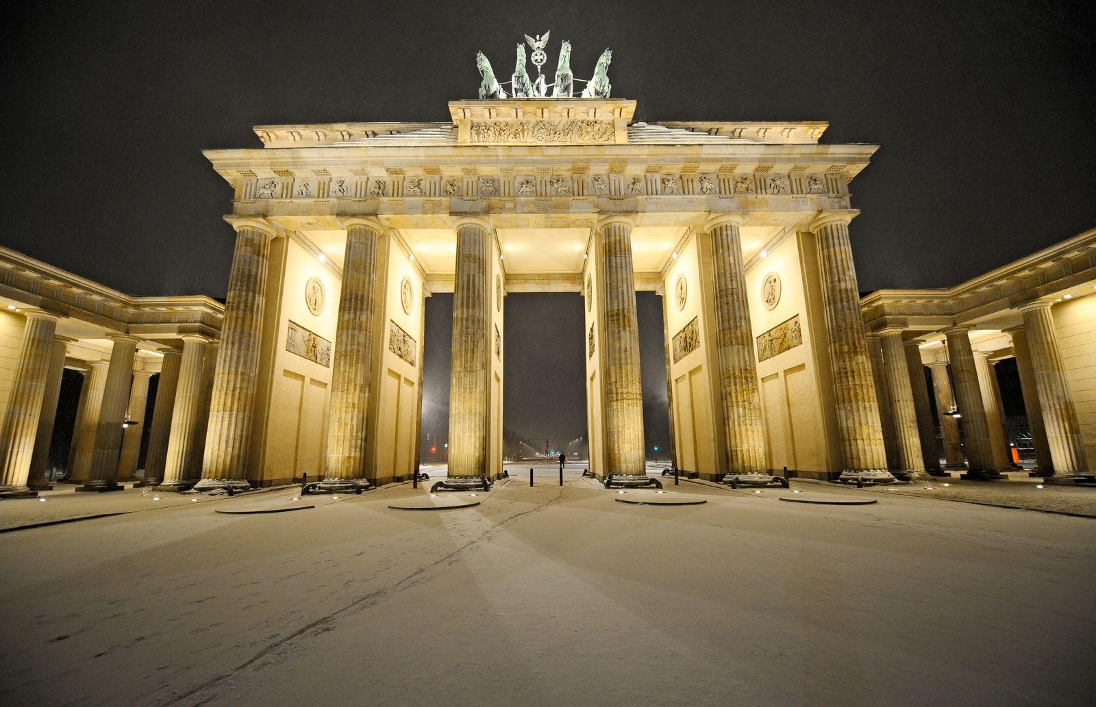 EINMALIGE VERWENDUNG Staustudie/ Berlin/ Brandenburger Tor