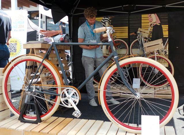 EINMALIGE VERWENDUNG Fahrrad / Roetz Vigour
