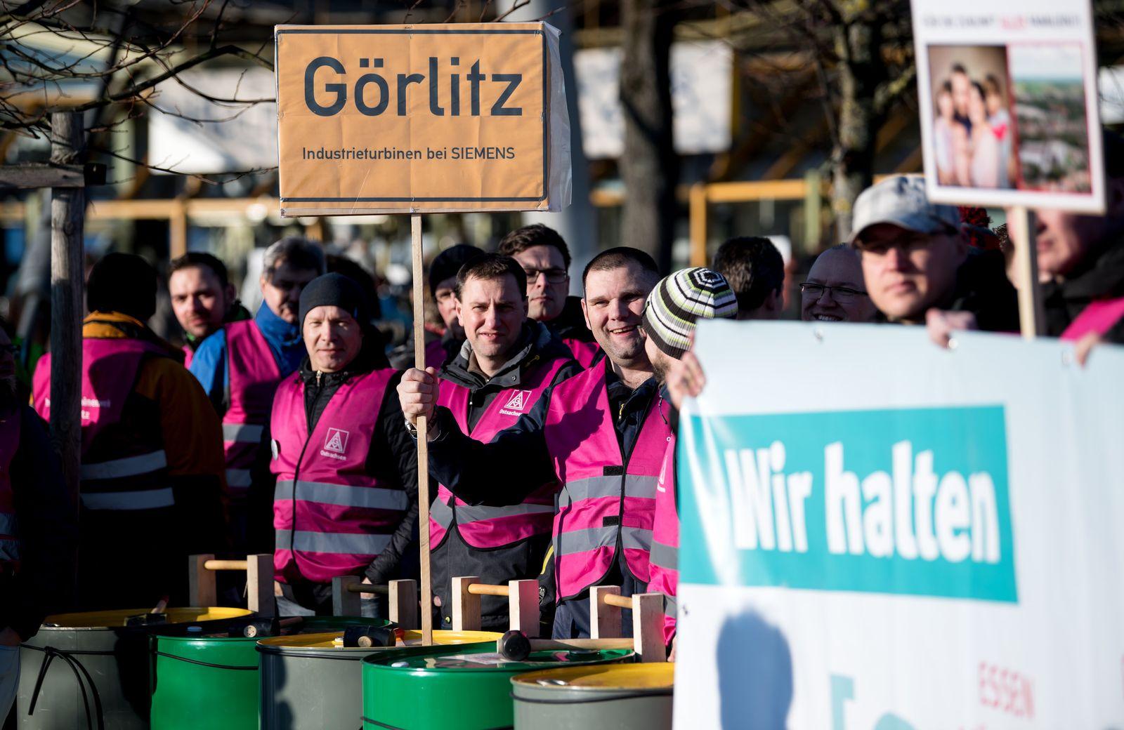 Siemens - Hauptversammlung / Demonstration
