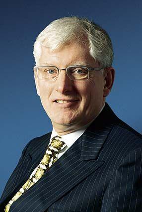 Millionen-Maschine: ASML-Chef Doug Dunn liefert Lithografiemaschinen für die Chipindustrie