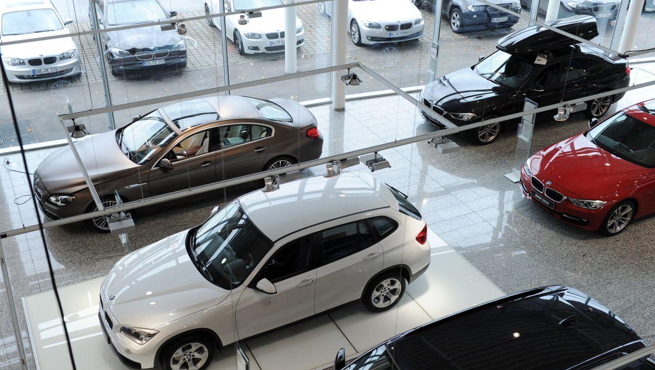 Autoverkäufer stehen in den Startlöchern für Rabattschlacht - manager magazin - Unternehmen