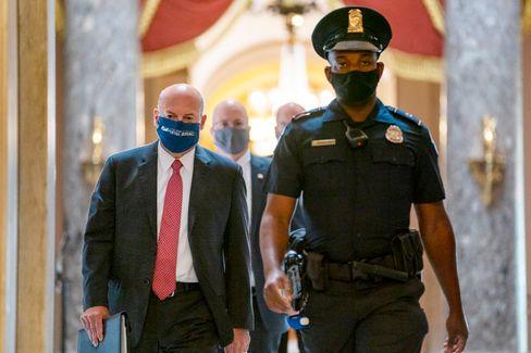 US-Post-Chef DeJoy beugt sich dem Druck der Demokraten