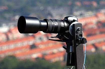 Eingesetzte Spiegelreflexkamera: Nikon D1x mit 400-Millimeter-Objektiv