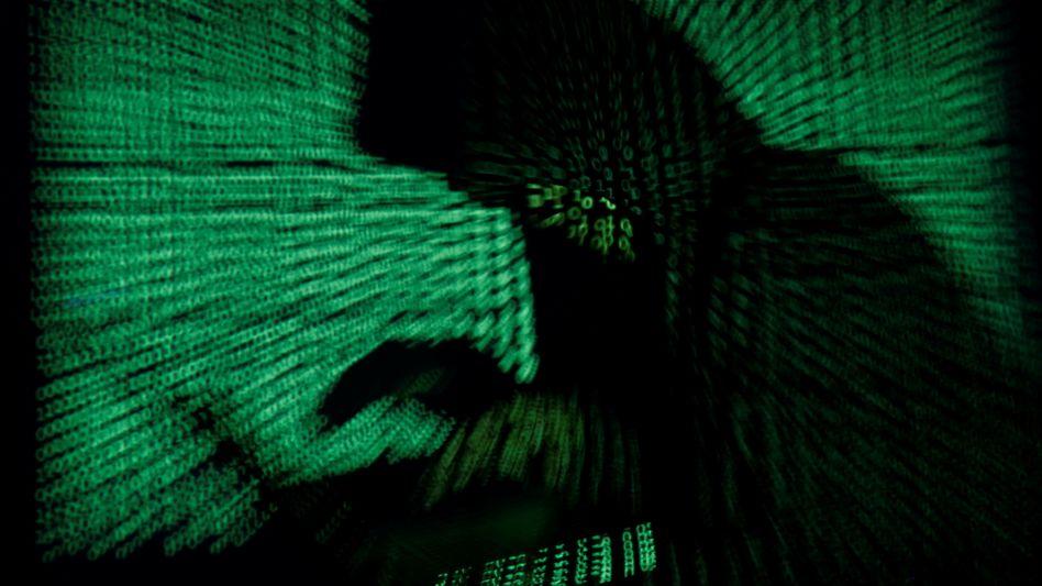 Hacker am Werk: Für den Angriff auf die größte US-Benzin-Pipeline Colonial machen Behörden eine kriminelle Bande namens Darkside mit verantwortlich