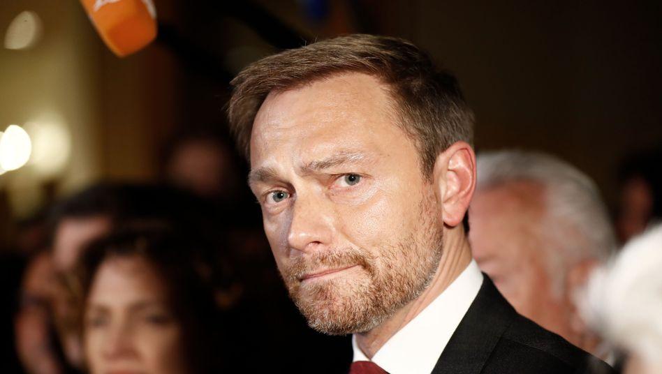 Flucht aus Jamaika: FDP-Chef Christian Lindner am frühen Montagmorgen.