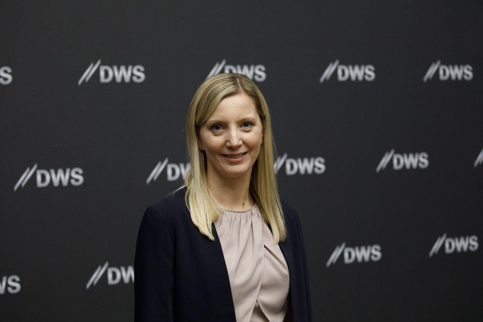 Deutsche Bank AG's DWS Asset Management Unit Raises 1.4 Billion Euros From IPO