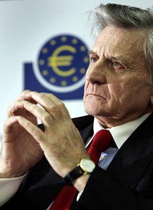 Bedächtig: Die Europäische Zentralbank (EZB) verzichtete vor dem Hintergrund der Finanzmarktturbulenzen heute auf eine Erhöhung der Leitzinsen (im Bild: EZB-Präsident Jean-Claude Trichet)