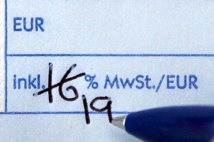 Erhöhung der Mehrwertsteuer ab 2007: Autokäufer und Häuslebauer müssen sich sputen