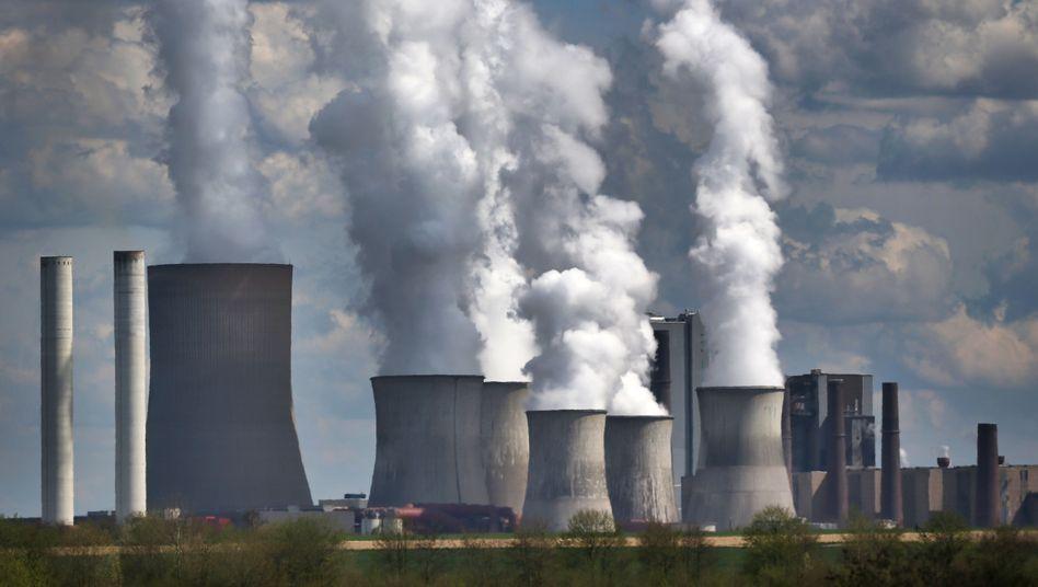 RWE-Braunkohlekraftwerk Niederaußem: Zeit für Kohlestrom läuft ab