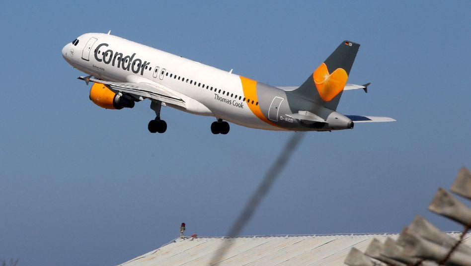 Start einer Condor-Maschine: Mit der Fluggesellschaft soll es wieder aufwärtsgehen