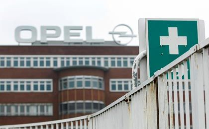 Opel-Werk in Bochum: Erste Hilfe - für wen?