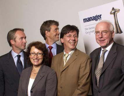 Die Jury: Klaus Rainer Kirchhoff (Kirchhoff Consult), Elisabeth Weisenhorn (Weisenhorn & Partner), Xaver Zimmerer (Interfinanz), Arno Balzer (mm) und Christian Strenger (DWS) prüften abschließend die besten Reports