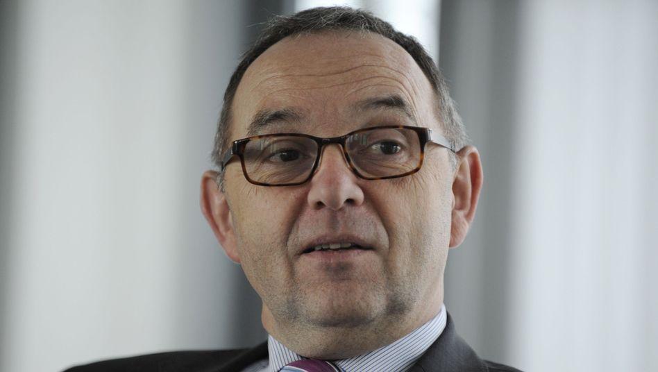 Ist sich seiner Sache sicher: NRW-Finanzminister Walter-Borjans will weiterhin Steuer-CDs kaufen