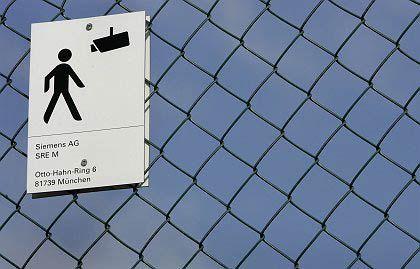 Siemens-Sicherheitszaun: Korruptionsaffäre kostete 2,5 Milliarden Euro