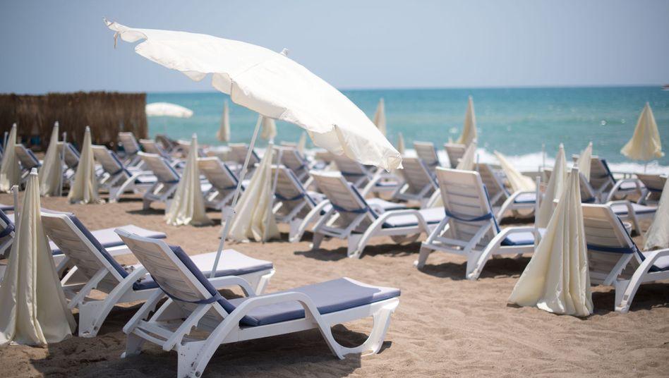 Leere Strände in Antalya, Türkei: Die türkische Wirtschaft leidet besonders unter dem Wegbleiben der Touristen