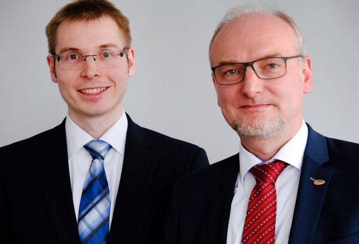Soll die europäischen Batteriezellfabriken von Volkswagen aufbauen: Sebastian Wolf (l.), bisher Europachef bei Farasis, neben Maik Cordes (r.), Leiter Business Development Farasis Europe