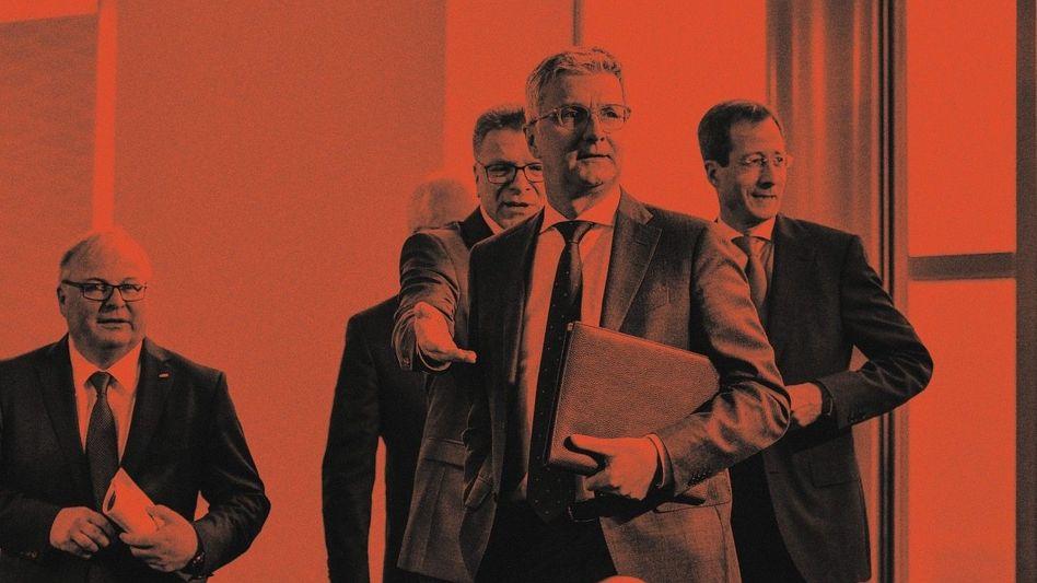 In der Hand der Richter:Der Prozess gegen Ex-Audi-ChefRupert Stadlerund drei weitere Angeklagte ist am 30. September im Hochsicherheitsgerichtssaal in der JVA Stadelheim gestartet. 2019 war Stadler vier Monate in der Nähe von Augsburg in U-Haft.