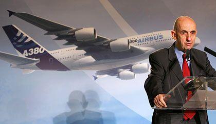 Sein schwerster Gang: Airbus-Chef Gallois wird voraussichtlich Werksverkäufe bei Airbus verkünden