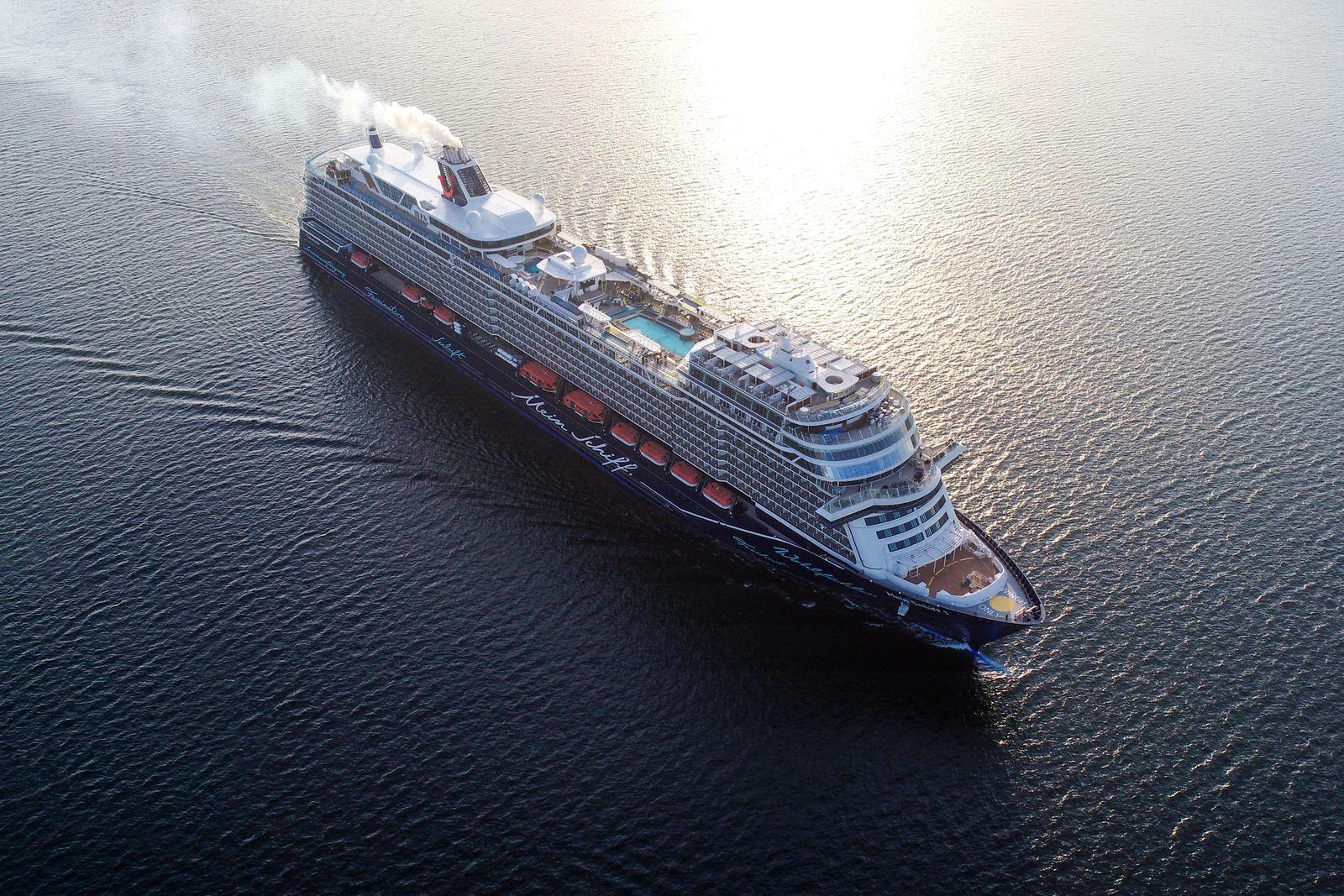 "TUI Cruises / ""Mein Schiff1"""