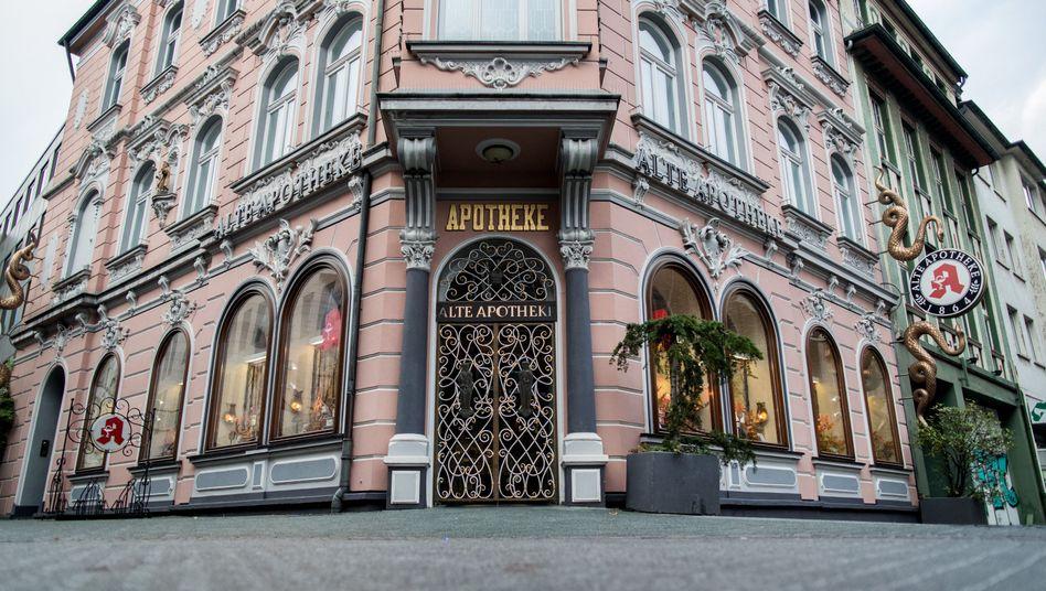 """.Die """"Alte Apotheke"""" in Bottrop wird inzwischen nicht mehr vom Angeklagten geführt"""