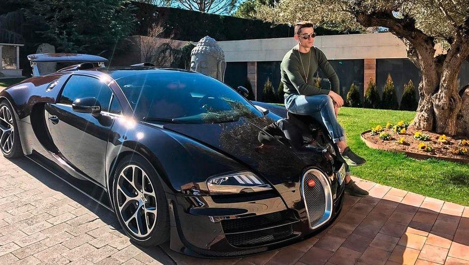 Bugatti-Fan: Cristiano Ronaldo mit seinem Veyron