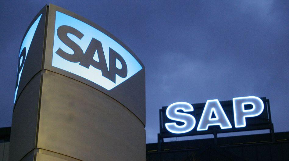 SAP-Zentrale in Walldorf: Bis Stuttgart sind es rund 100 Kilometer, bis Mannheim knapp 40. Wer nicht in Nußloch, Wiesloch oder Waghäusel wohnen will, braucht ein Auto - und bekommt dieses in der Regel auch gestellt