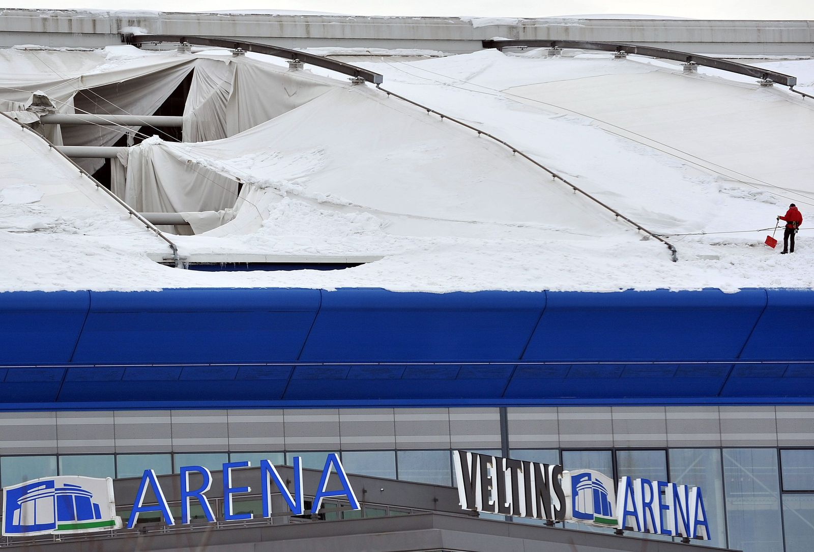 schalke arena dach kaputt